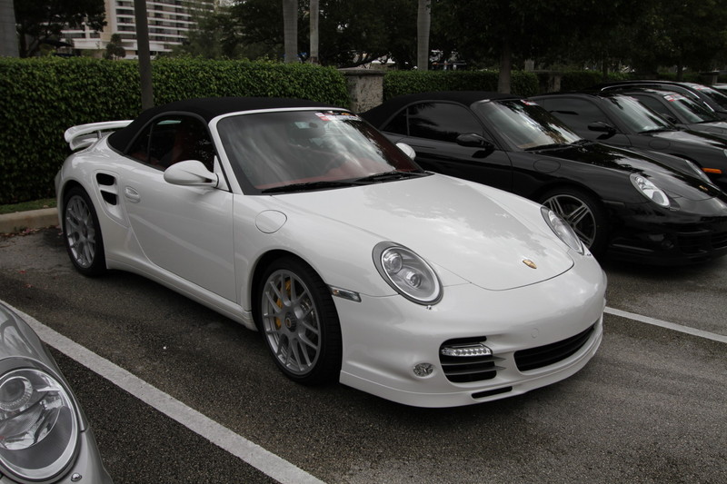 2011-Toy-Rally-Porsche=911-Turbo-S-Carbio-1.JPG