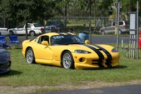 Highlight for Album: Mopar Sunday Viper Shootout (September 14, 2003)