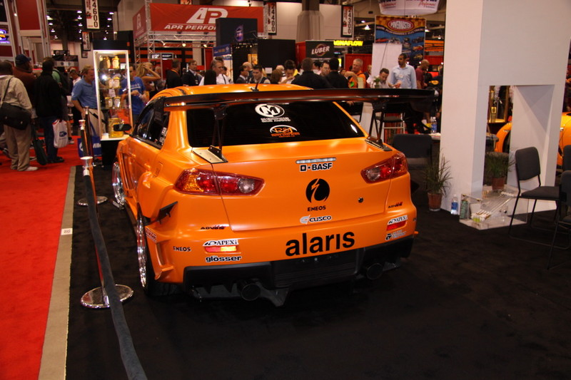 SEMA-Show-2008-DragTimes-6280.JPG