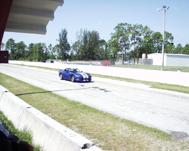 viper-corvette-5200003.jpg