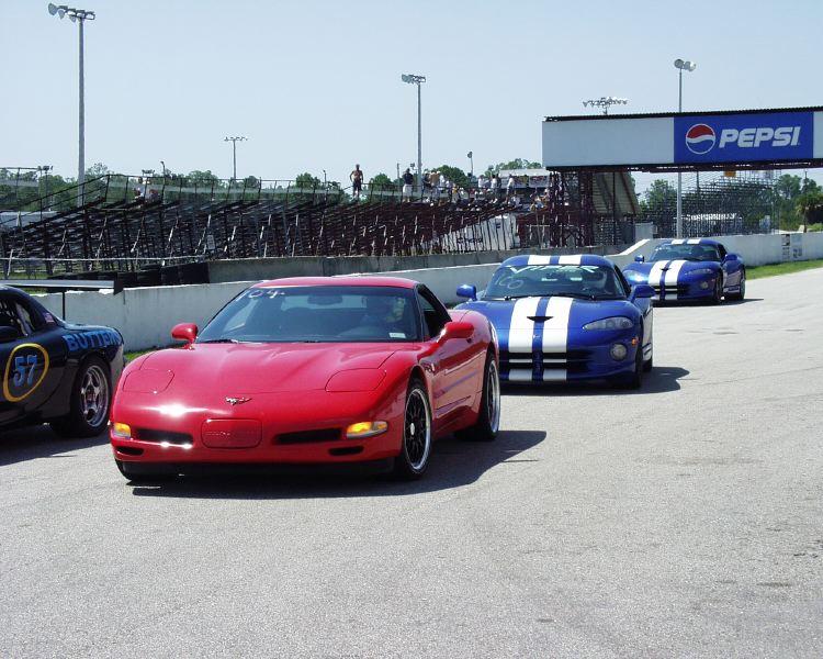 viper-corvette-5200012.jpg