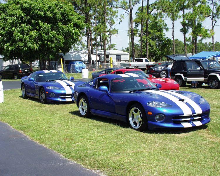 viper-corvette-5200019.jpg