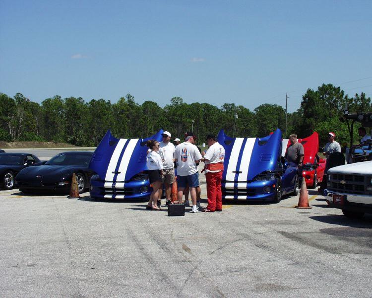 viper-corvette-5200063.jpg