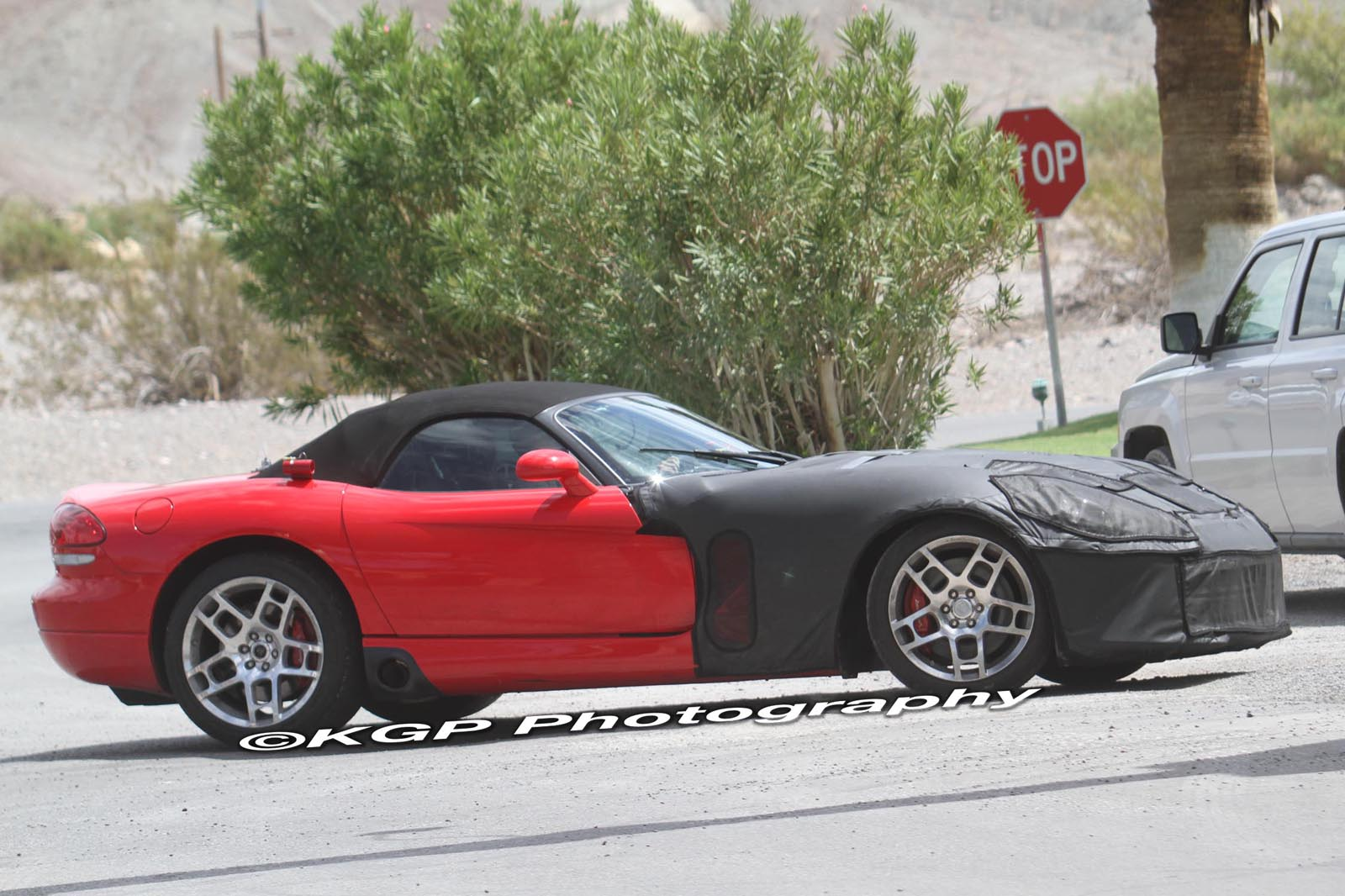 2013-dodge-viper-spy-shots-001