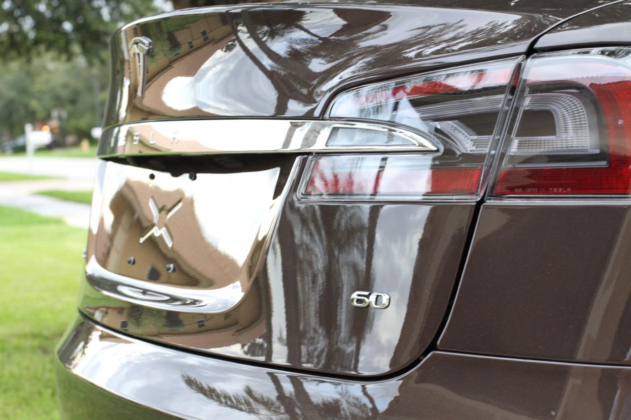 2013-tesla-model-s-60-brown-004