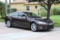 2013-tesla-model-s-60-brown-002
