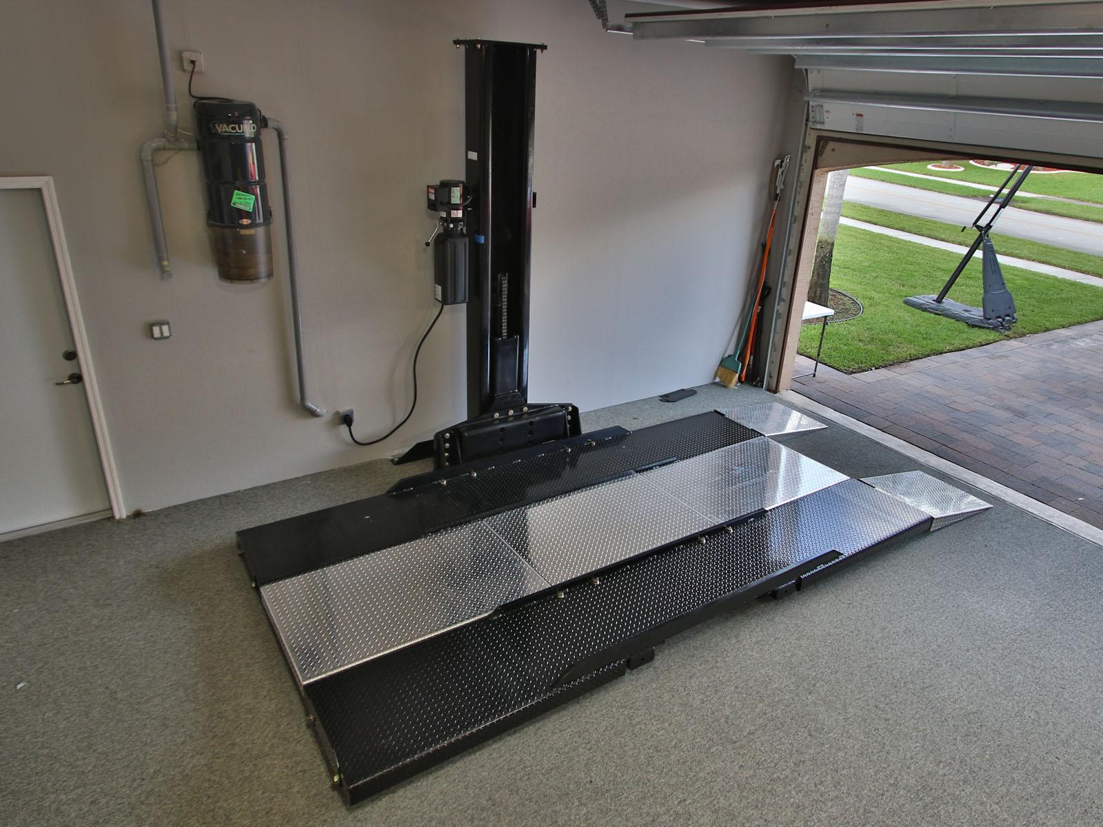 American Custom Lifts M1 4 5 Single Post Car Lift Install