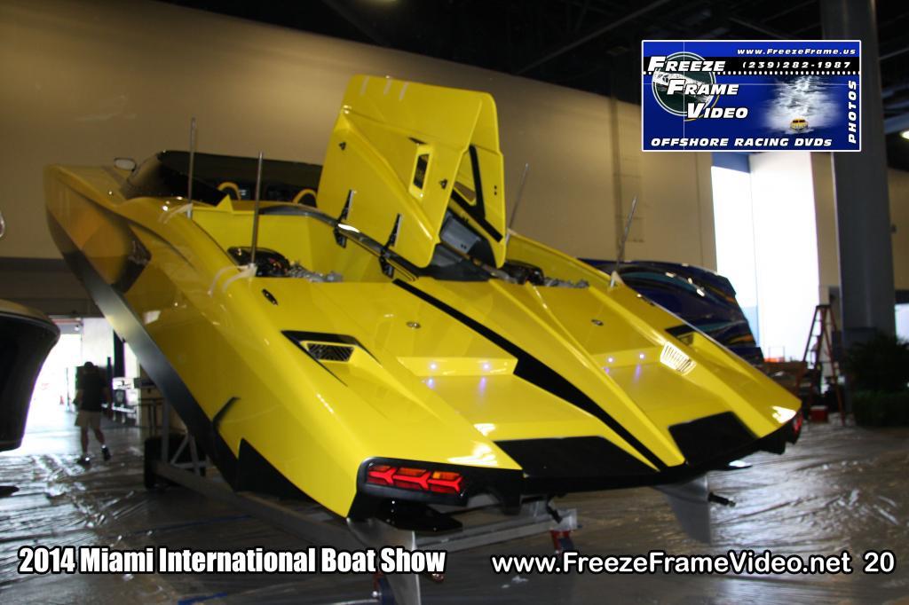 aventaboat-lamborghini-aventador-racing-boat-003