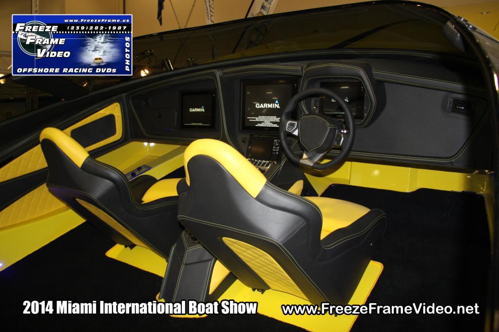 aventaboat-lamborghini-aventador-racing-boat-004