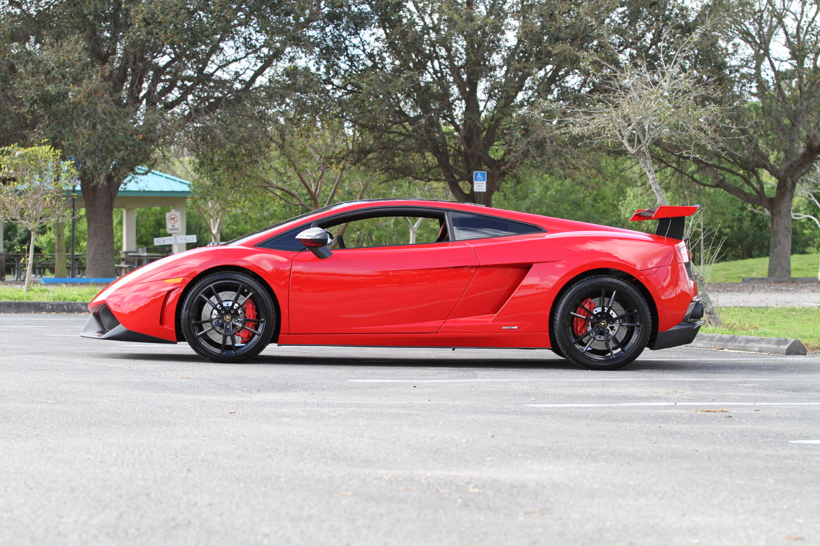 2012-lamborghini-lp570-4-super-trofeo-stradale-rosso-mars-007