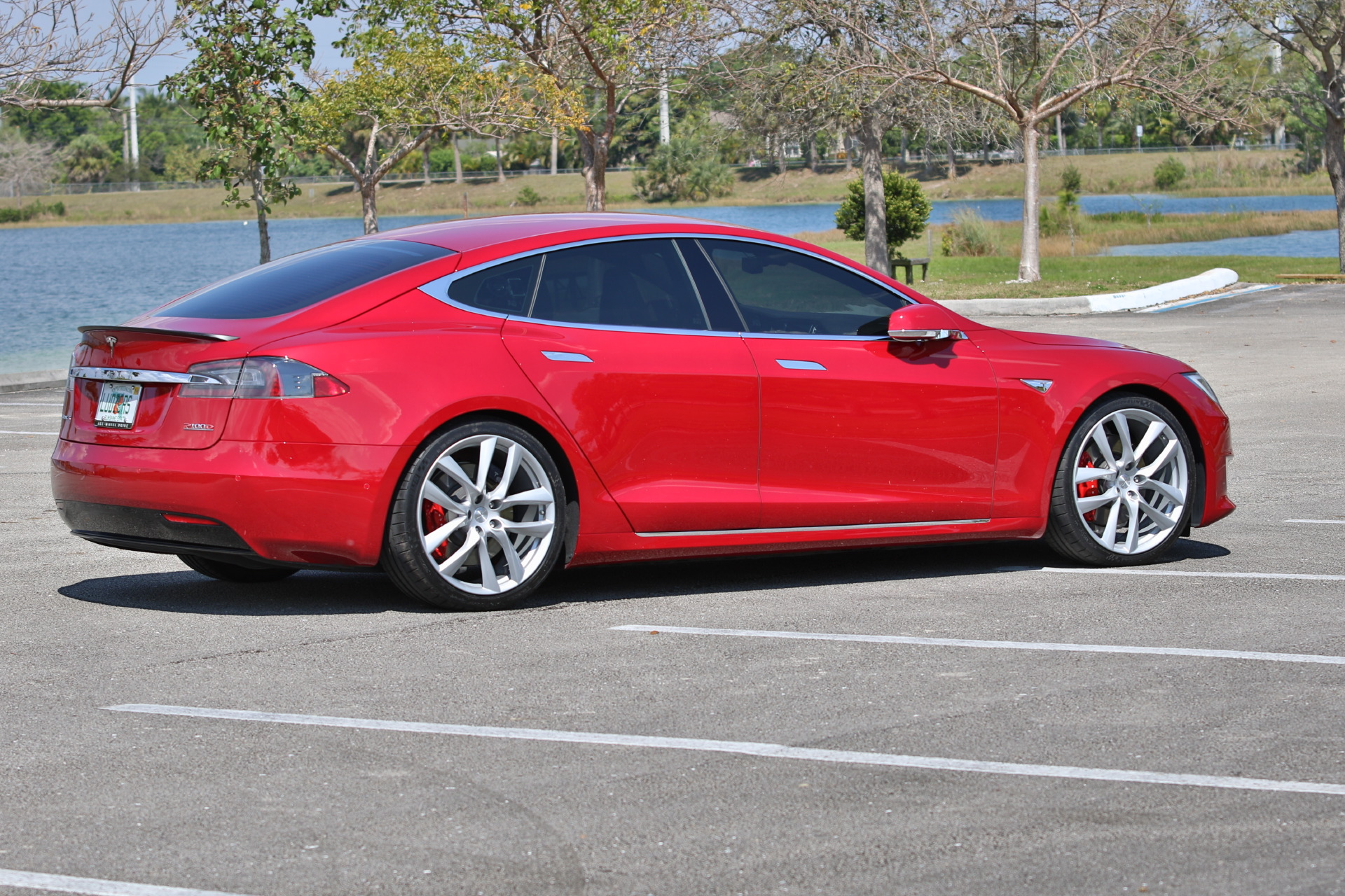 New Oem Tesla Forged Lightweight Arachnid Wheels On The