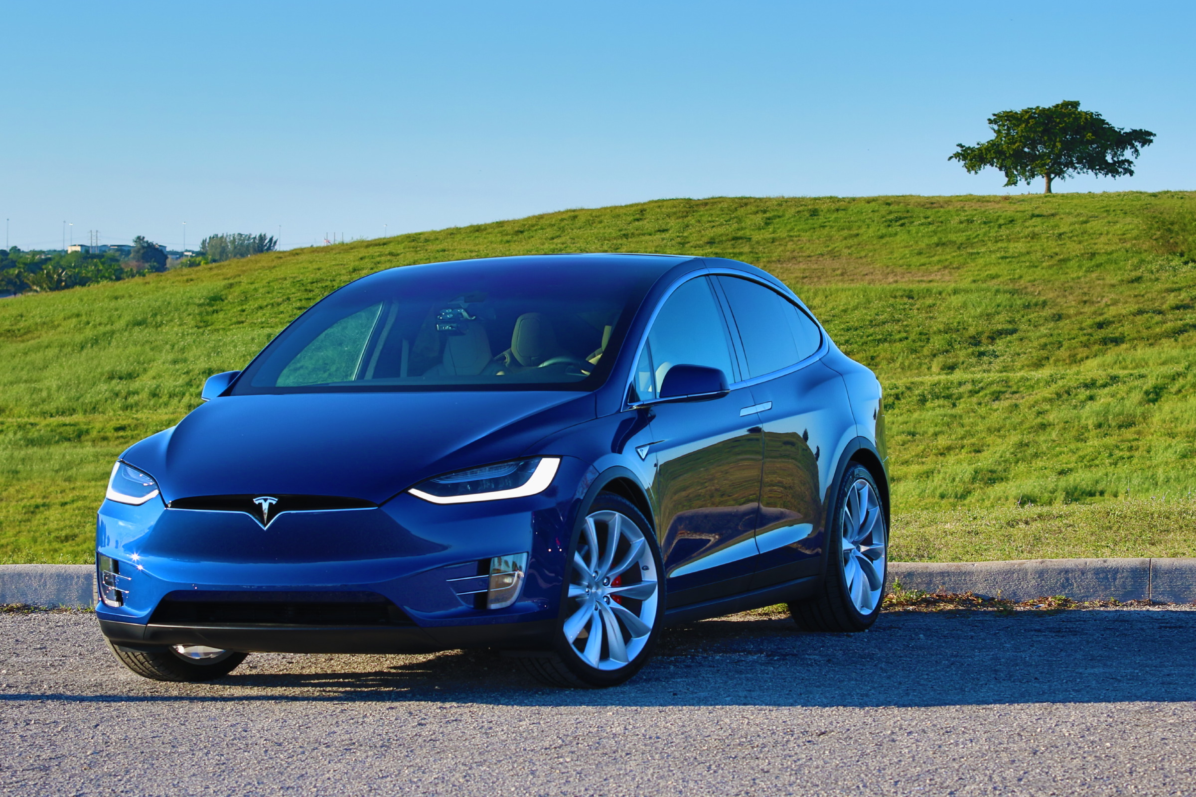 2016 Tesla Model X P90D Deep Blue Metallic Picture Gallery ...