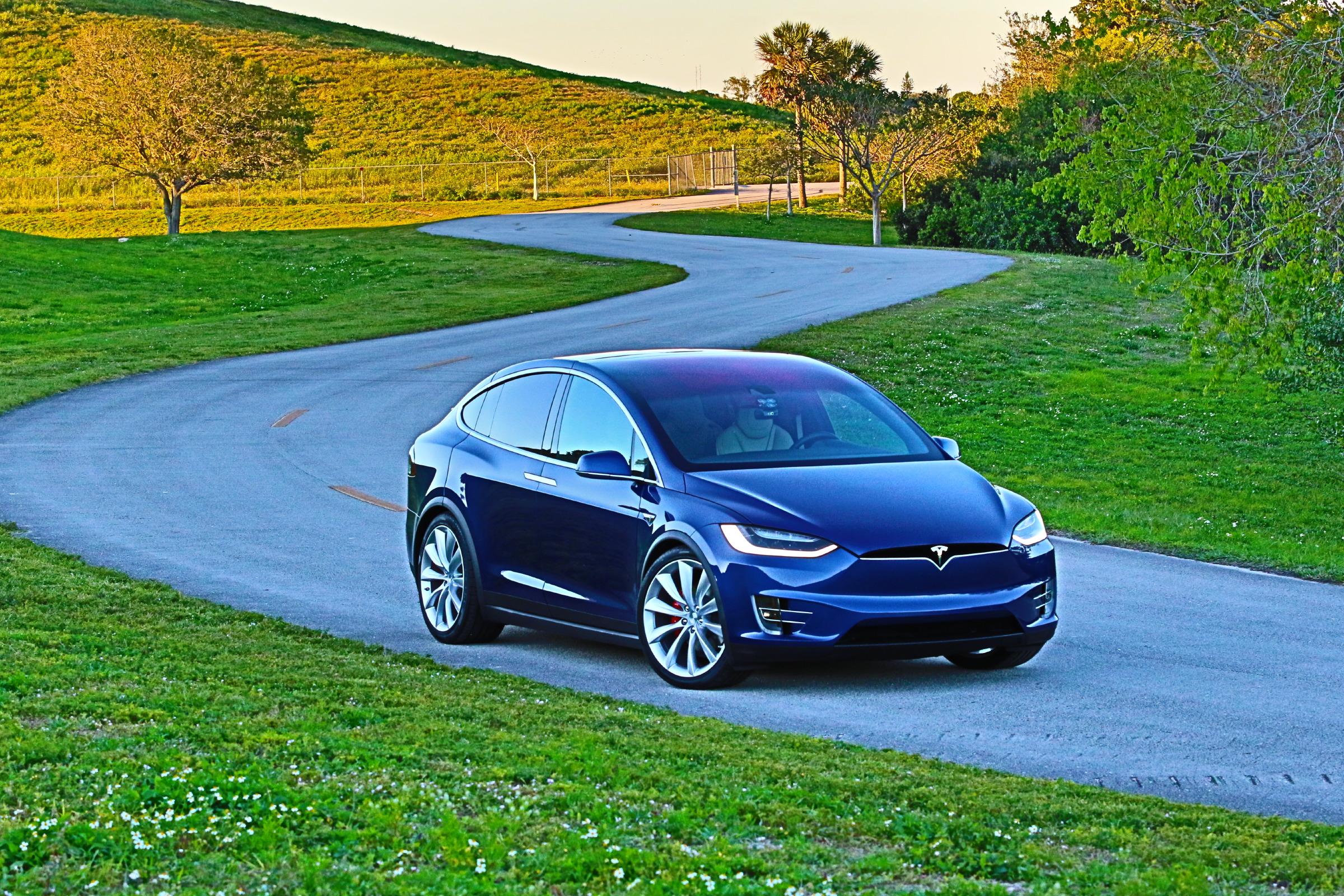 Tesla Model X | PluginCars.com