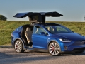 2016-Tesla-Model-X-P90D-Ludicrous-Deep-Blue-Metallic-014