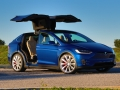 2016-Tesla-Model-X-P90D-Ludicrous-Deep-Blue-Metallic-015