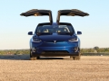 2016-Tesla-Model-X-P90D-Ludicrous-Deep-Blue-Metallic-017