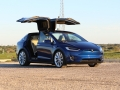 2016-Tesla-Model-X-P90D-Ludicrous-Deep-Blue-Metallic-018