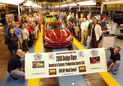 Production of New 2008 Dodge Viper SRT10