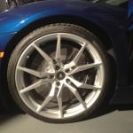 Aventador-Roadster-003