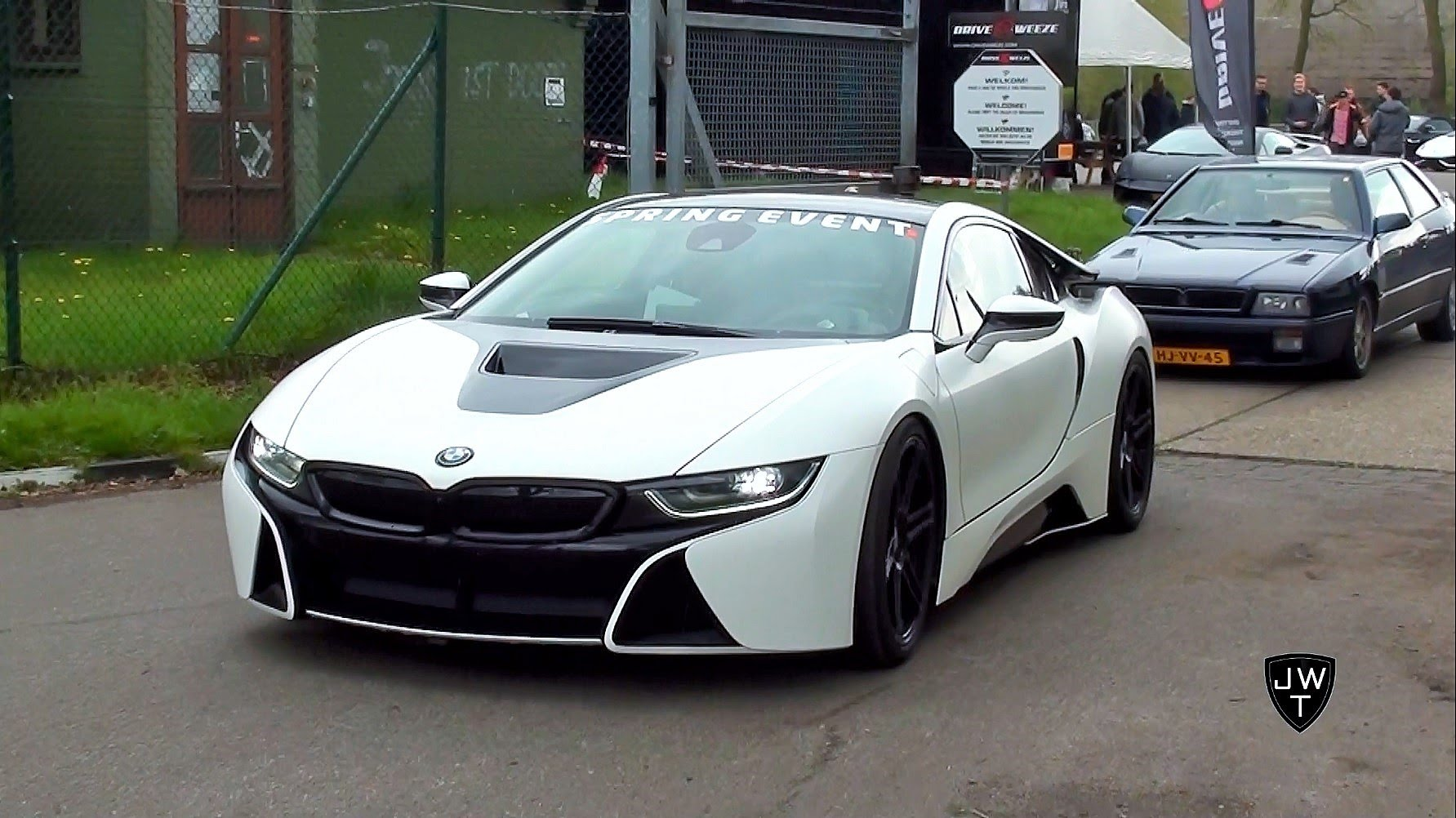 Drag Racing BMW i8