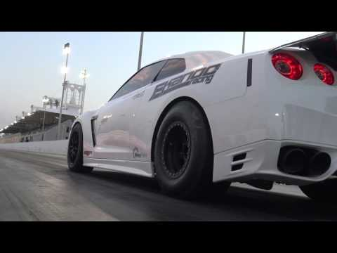 World Record Quarter-Mile Pass for Nissan GT-R