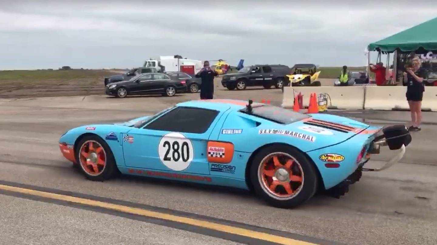 Twin Turbo Ford GT Crushes World Record