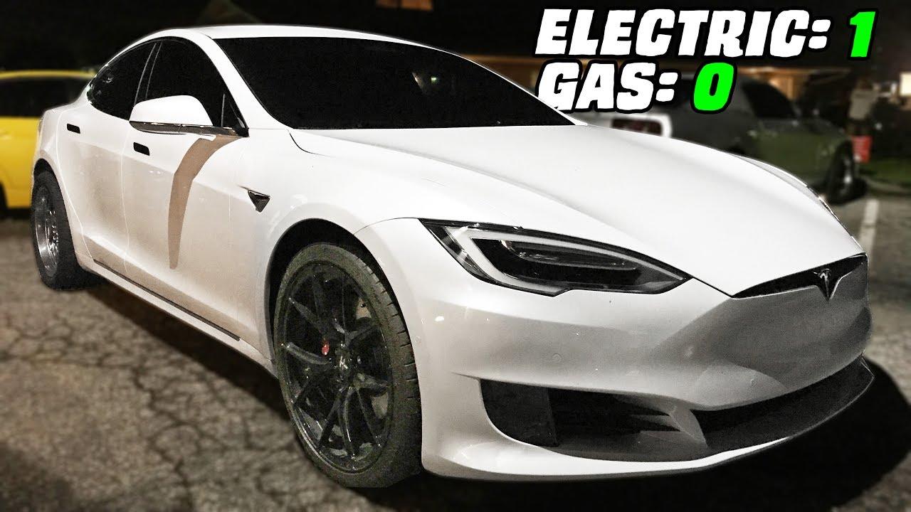 Lightweight Tesla Tames the Street