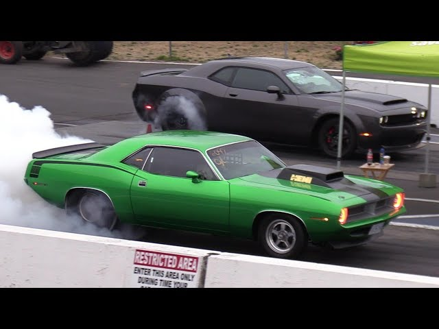 Classic Muscle vs. Modern Muscle – Drag Racing