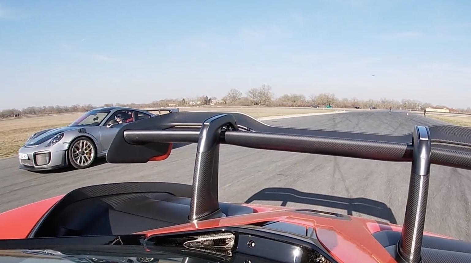 McLaren Senna vs Porsche GT2RS