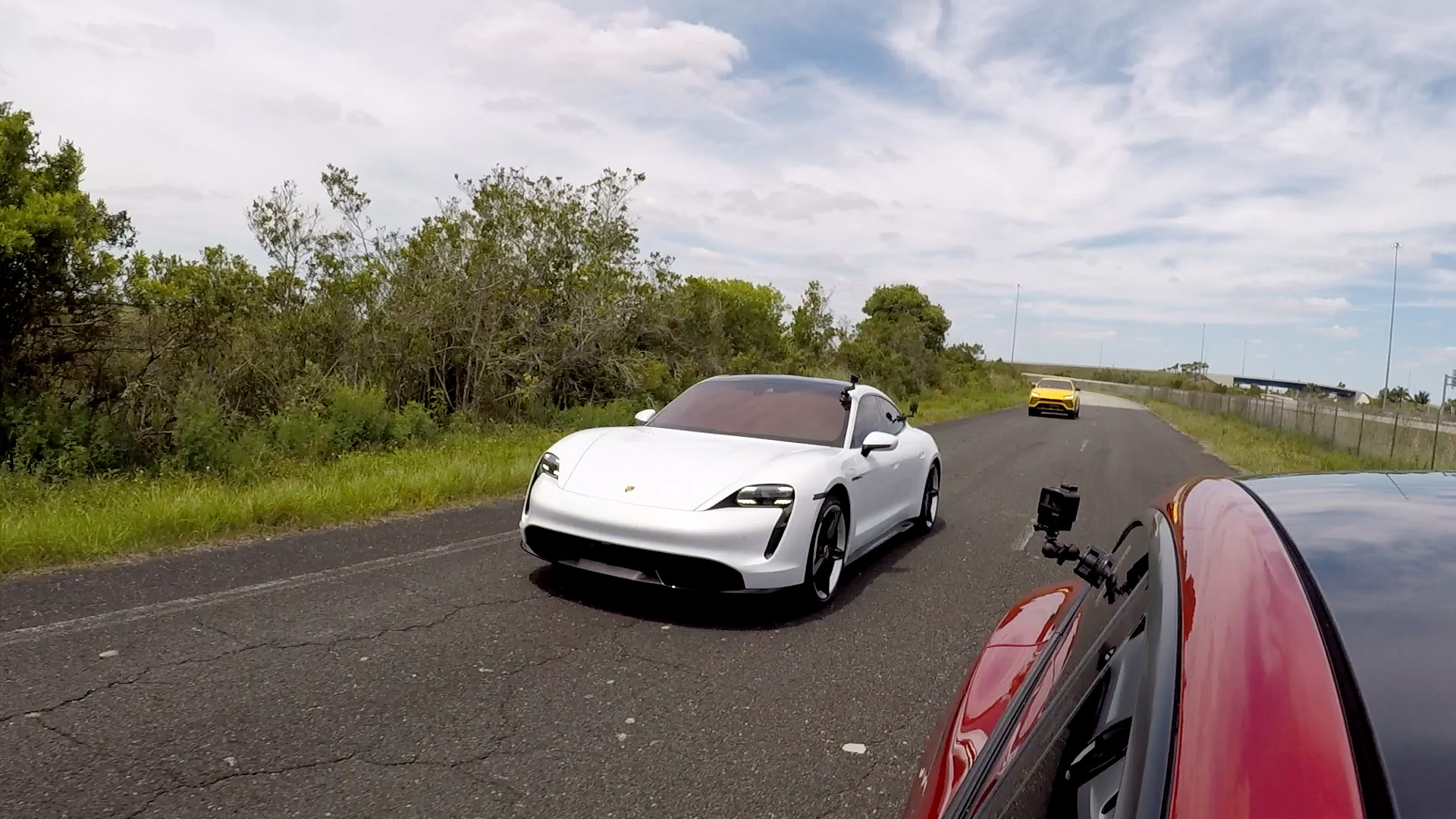 Taycan vs Tesla Model S Drag Race
