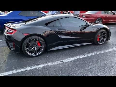 Night Drags – C7 Chevrolet Corvette Z06 vs Acura NSX