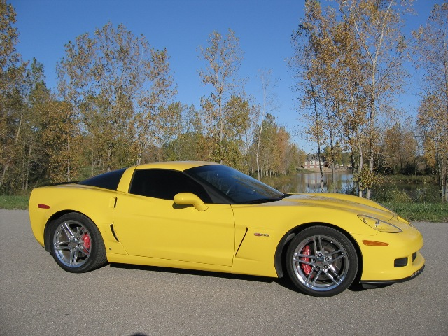 Stock 2007 Chevrolet Corvette Z06 1/4 mile trap speeds 0-60