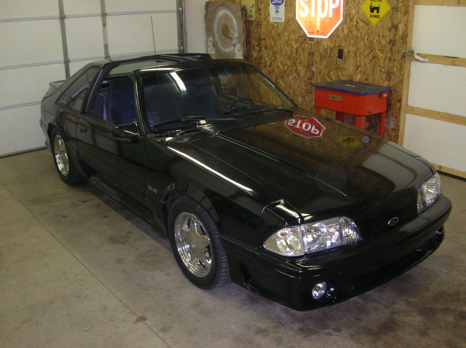 1988  Ford Mustang T-Top, GT, AOD picture, mods, upgrades