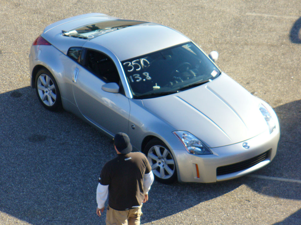2004  Nissan 350Z 6 speed enthusiast picture, mods, upgrades