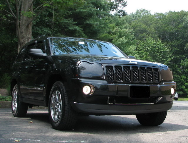 2005  Jeep Grand Cherokee Limited HEMI picture, mods, upgrades