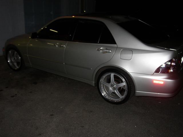 2002  Lexus IS300 Sports Sedan picture, mods, upgrades