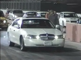 2002 Lincoln Town Car Signature Series 1 4 Mile Drag Racing Timeslip