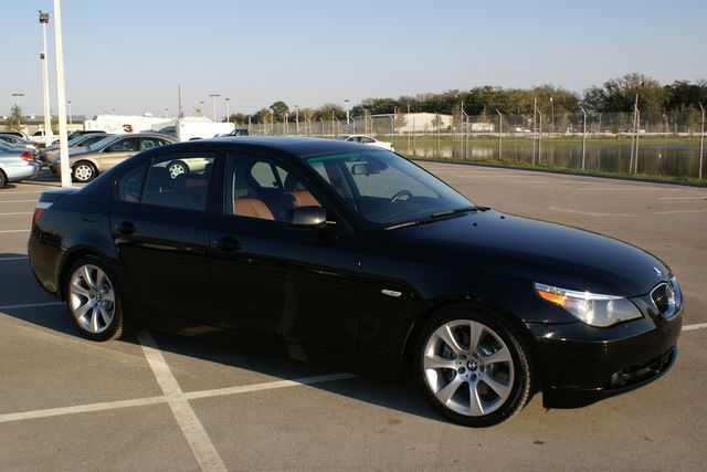 black metalic BMW 550i series