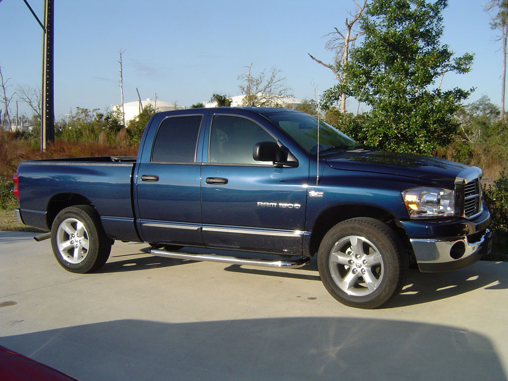2007 Dodge Ram 1500 SLT Quad Cab 4x2 Big Horn