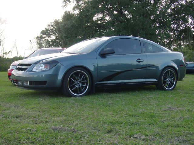 2005  Chevrolet Cobalt base picture, mods, upgrades