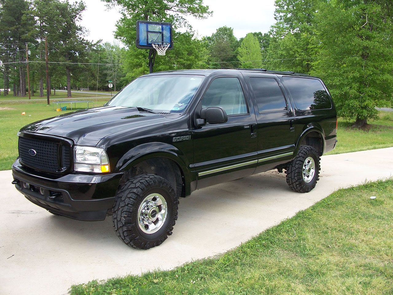 2004  Ford Excursion limited picture, mods, upgrades