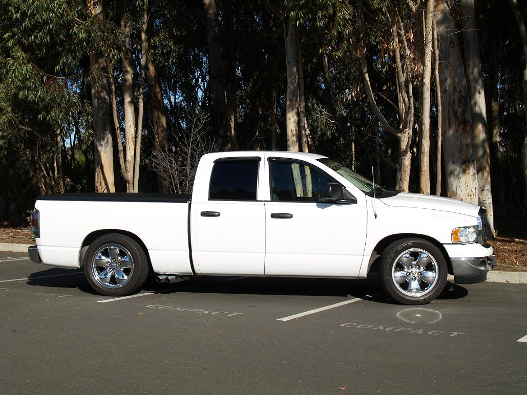 2005  Dodge Ram 1500 SLT QC picture, mods, upgrades