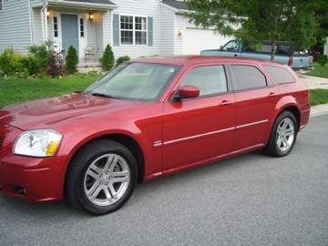 2005  Dodge Magnum RT picture, mods, upgrades