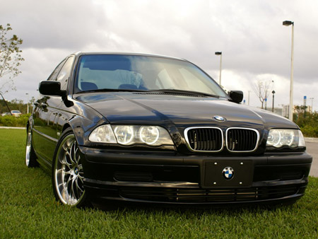 2001 BMW 325i Active Autowerke