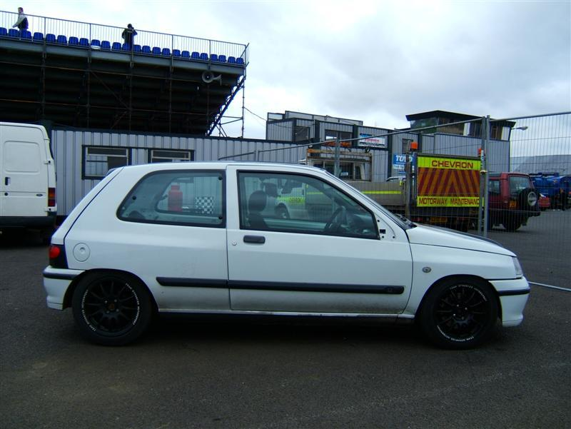 1996  Renault Clio 16v picture, mods, upgrades