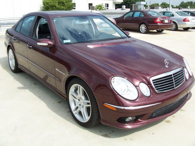 stock 2006 mercedes benz e55 amg 1 4 mile drag racing. Black Bedroom Furniture Sets. Home Design Ideas