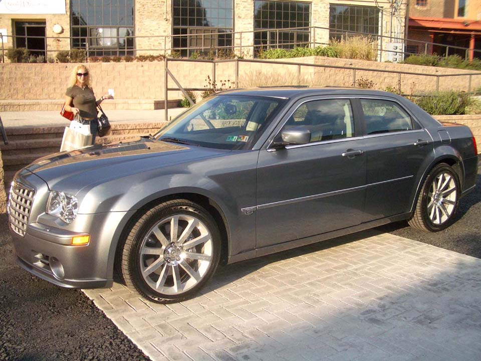 2005  Chrysler 300 C SRT-8 HHP picture, mods, upgrades