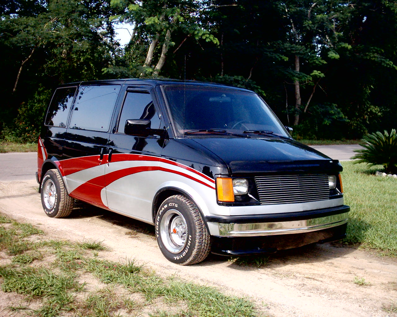 1986  GMC Safari  picture, mods, upgrades