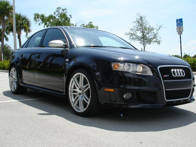 2007  Audi RS-4 4.2 FSI picture, mods, upgrades