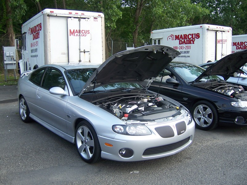 2006  Pontiac GTO LS2 picture, mods, upgrades